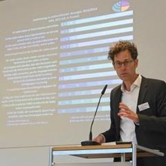 """""""Antisemiten haben in der Ökumene nichts zu suchen"""". Ein hochaktueller Studientag der ACK in Bayern zur Judenfeindschaft"""
