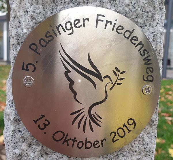Der 5. Pasinger Friedensweg: Ein Bericht im ACK-Pilgerbuch
